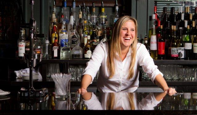 2012-table-100-bartender-01
